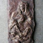 Anna-Selbdritt, Relief I 2009 I Stuckgips  bemalt I Höhe 30 cm