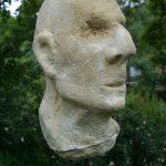 Karl I 2005 I Beton pigmentiert I Höhe 40 cm