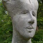 Dana I 2005 I Beton pigmentiert I Höhe 40 cm