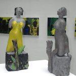 Fremde Frau 2 x I 2013 I Bronze/bemalt I Höhe 40 cm I Öffentliche Versicherung Braunschweig